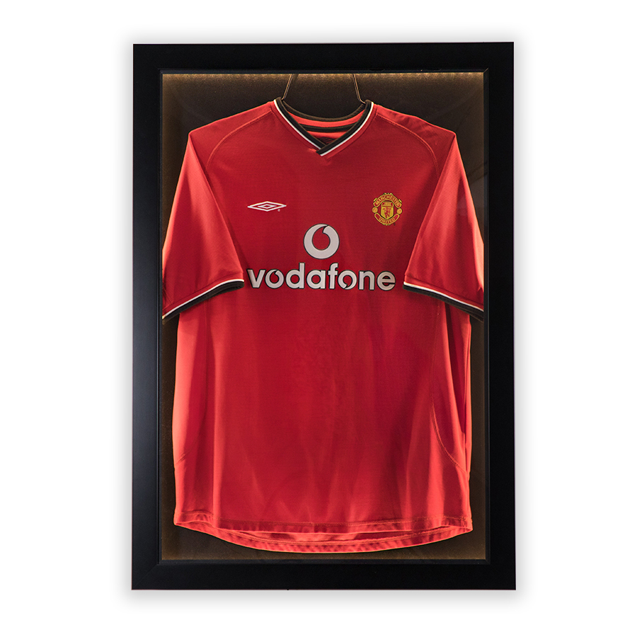 T-BOX Frame Manchester United Vodafone Umbro Red T-Shirt tboxsport.com